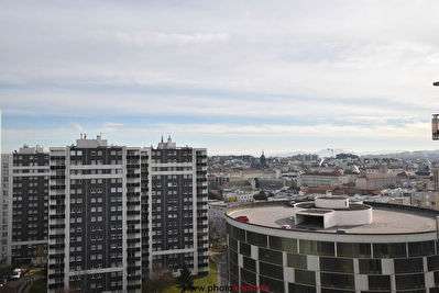 CLERMONT FERRAND - APPARTEMENT RESIDENCE GALAXIE -